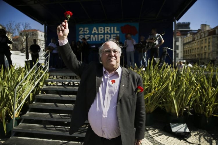 Óbito/Soares: Vasco Lourenço recorda papel de Mário Soares na construção de Abril