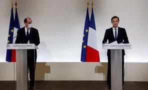 Covid-19: Ministro da Saúde francês pondera vacinação obrigatória de pessoal médico