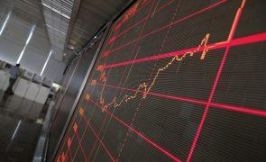 Bolsa de Xangai abriu a cair 0,14%