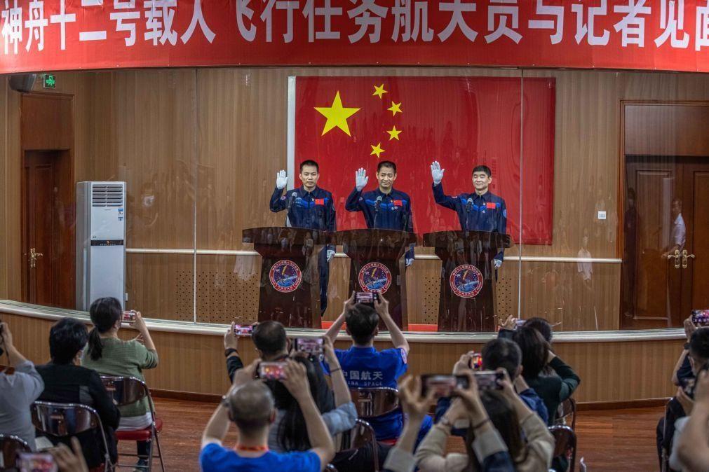 Astronautas chineses começam a fazer da nova estação espacial o seu lar