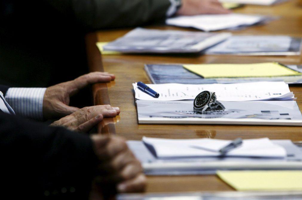 Contratação coletiva cai 30% em 2020, recuando para níveis de 2011