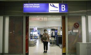 Covid-19: Grécia levanta proibição à entrada de estrangeiros mas com vigilância