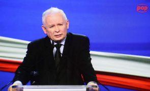 Varsóvia diz que ciberataque contra responsáveis políticos veio da Rússia