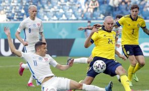 Suécia vence Eslováquia e aproxima-se dos oitavos do Euro2020