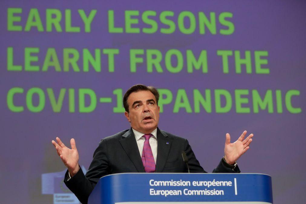 UE/Presidência: Geração Erasmus tem o dever de defender a Europa - Comissão