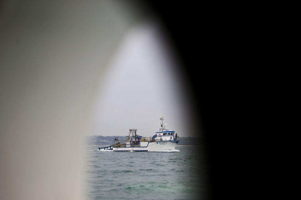 Pescadores querem aumento das capturas de sardinha até novembro