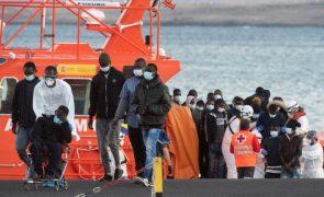 Migrações: Experiência de Espanha e Itália pode servir de base a política europeia comum - UE