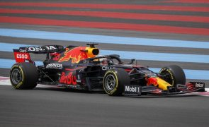 Max Verstappen conquista em França a segunda 'pole' da temporada na Fórmula 1
