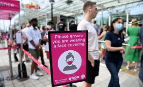 Covid-19: Reino Unido regista hoje mais 10.321 infeções e mais 14 mortes