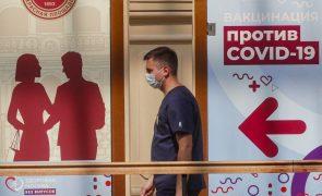 Covid-19: Recorde de contaminações em Moscovo e novas restrições em São Petersburgo