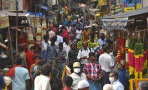Covid-19: Índia regista o menor número de infetados dos últimos três meses