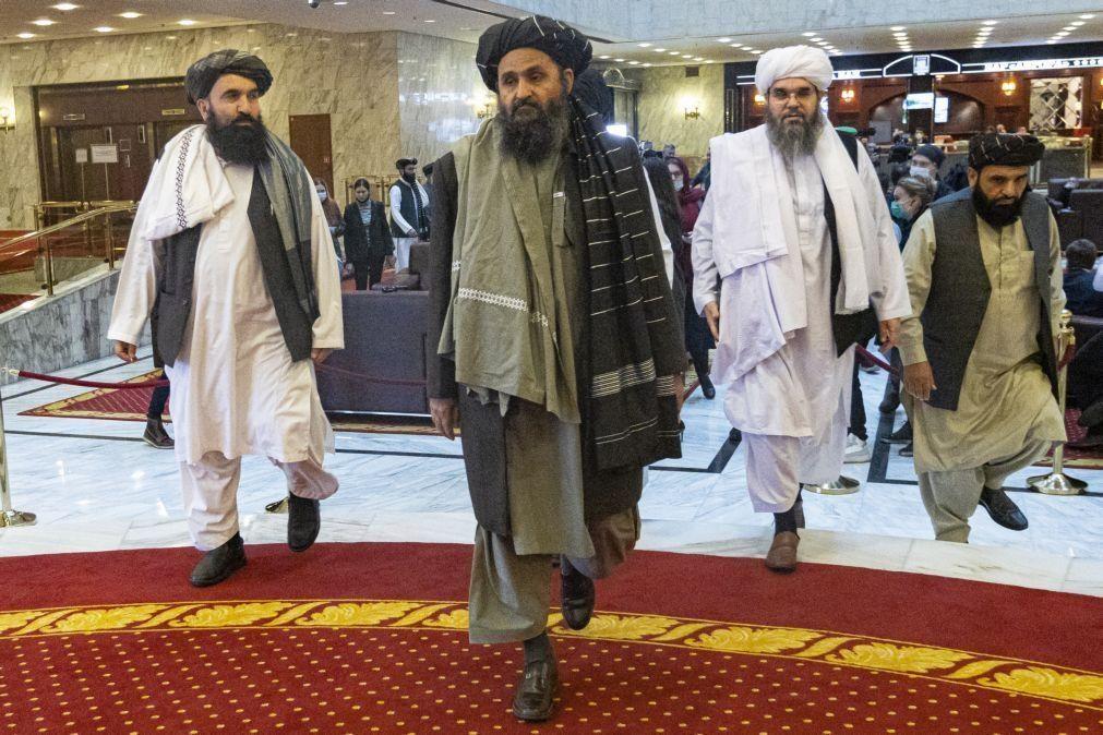 Talibãs querem regime islâmico