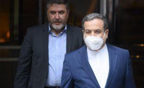 Irão diz que acordo nas negociações nucleares está