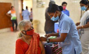Covid-19: Índia com 53.256 casos, valor mais baixo em 88 dias