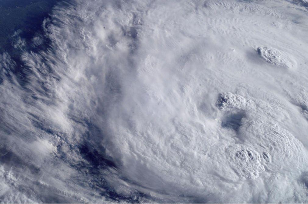 Claudette recupera estatuto de tempestade após matar 13 pessoas nos EUA