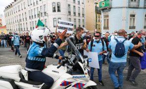 Manifestação de elementos das forças de segurança encerra trânsito no centro de Lisboa
