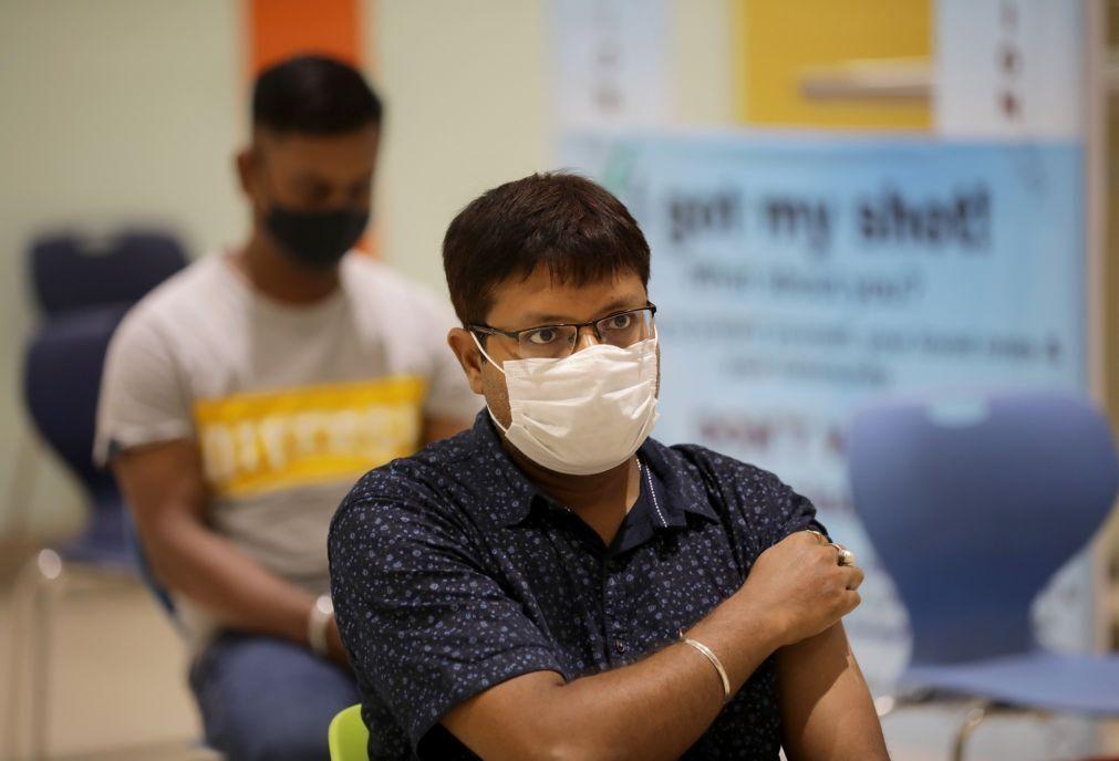Covid-19: Índia bate recorde de vacinação com mais de 8 milhões de doses inoculadas num dia