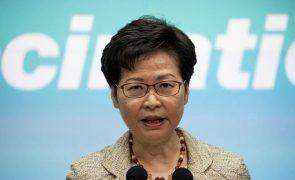 Líder de Hong Kong adverte 'media' para não incitarem à revolta