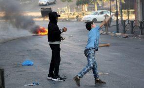 Confrontos entre colonos judeus e residentes palestinianos em Jerusalém Oriental