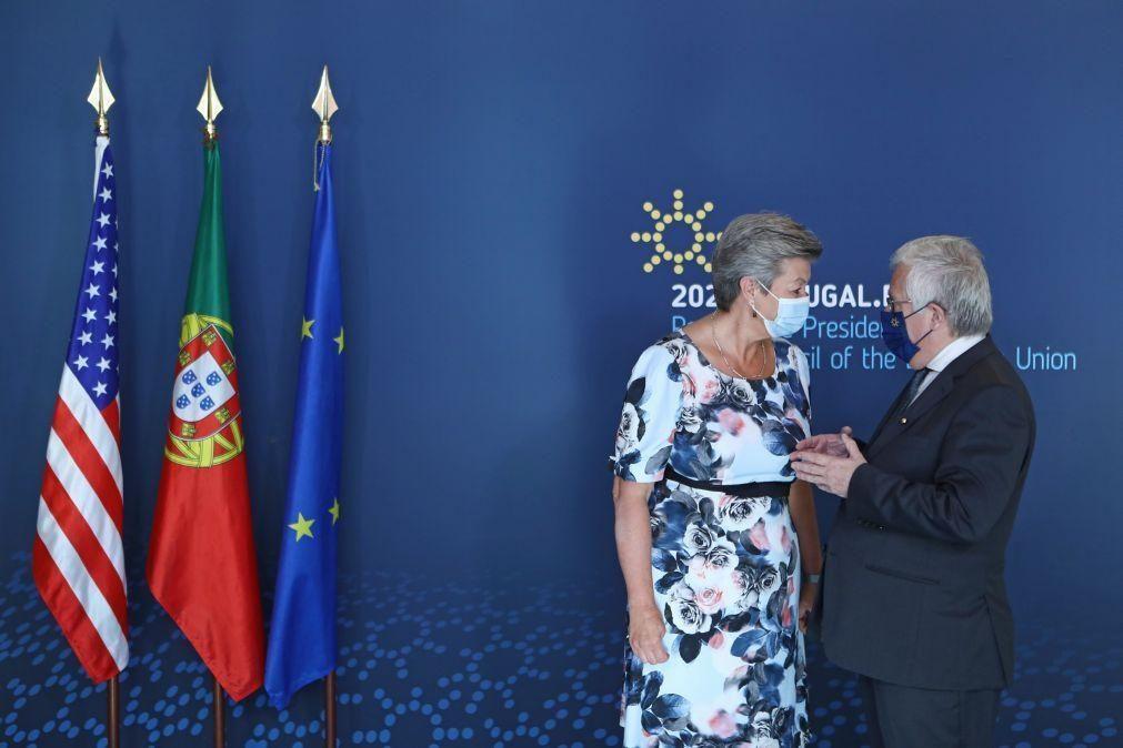 UE/Presidência: Comissão admite adoção da nova agência para o Asilo ainda na presidência portuguesa