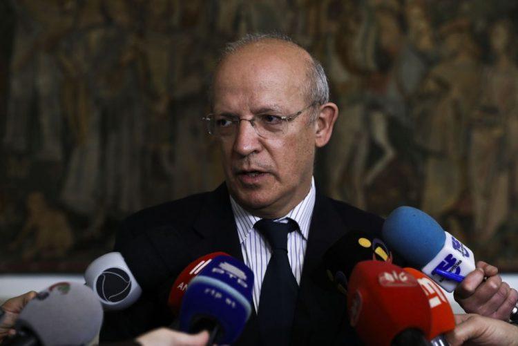 Óbito/Soares: Ministro dos Negócios Estrangeiros regressa hoje da Índia a Portugal