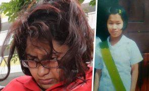 Tortura e deixa empregada doméstica morrer à fome