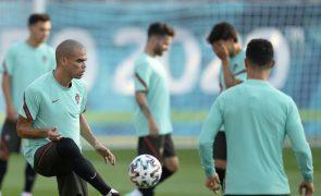 Euro2020: Portugal decide passagem aos 'oitavos' com a França