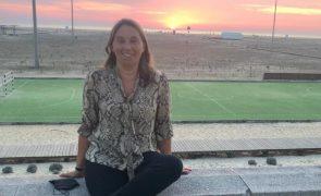 Árbitra portuguesa socorre jogador que sofreu três paragens cardíacas