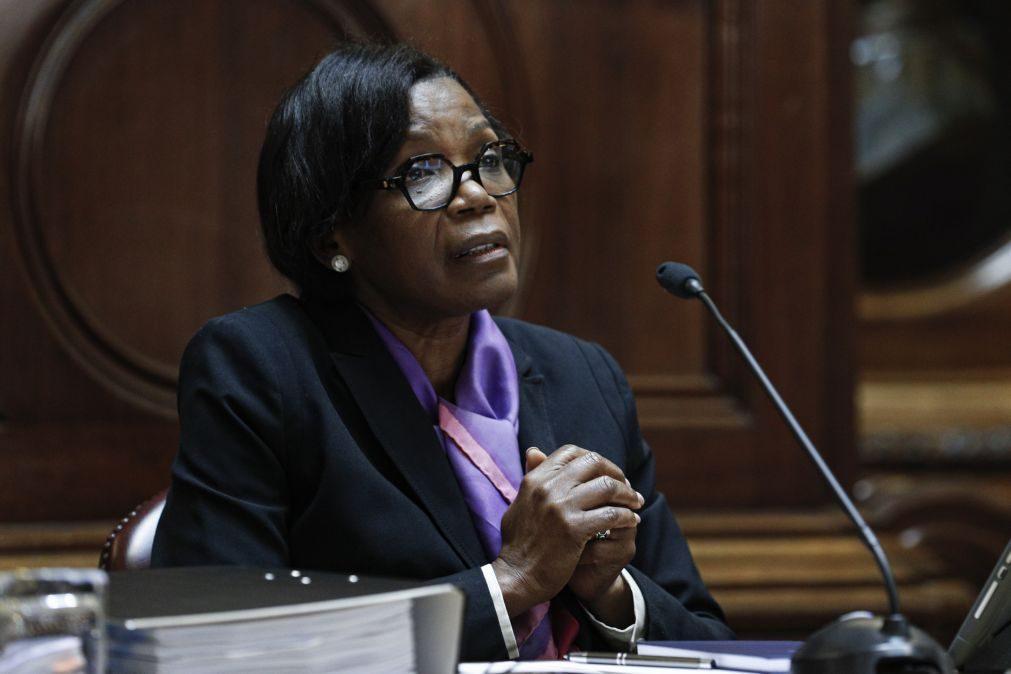 Regime especial de perdão de penas pode ser revogado em breve, diz ministra da Justiça