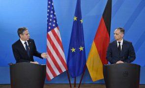 Washington pede a Berlim frente comum contra