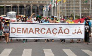 Comissão dá aval a projeto que dificulta demarcação de terras indígenas no Brasil