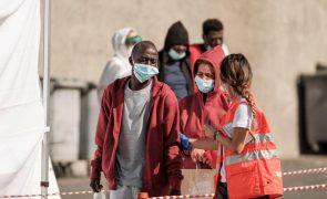 Agência da UE aponta lacunas na proteção contra exploração laboral dos migrantes e pede mais esforços europeus