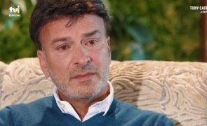 Tony Carreira homenageia a filha Sara na casa do Algarve