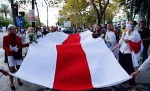 Bielorrússia: UE adota sanções económicas a Minsk completando pacote