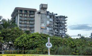 Desabamento parcial de prédio na zona de Miami mata uma pessoa