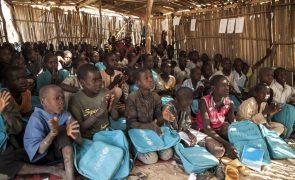 Pelo menos 324 mil crianças morreram em conflito no nordeste da Nigéria, segundo a ONU