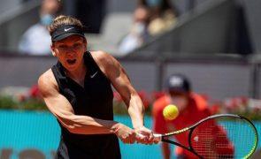 Simona Halep continua lesionada e falha defesa do título de Wimbledon