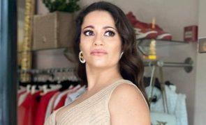 Anabela Santana grávida e nua: «Despida de roupa e de intenções»