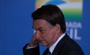 Covid-19: Presidente do Brasil diz que a polícia investigará compra de vacina indiana