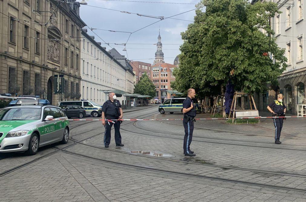 Polícia investiga motivo do ataque na cidade alemã de Wuerzburg