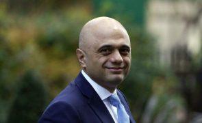 Ex-ministro das Finanças assume pasta da Saúde britânica após demissão do antecessor