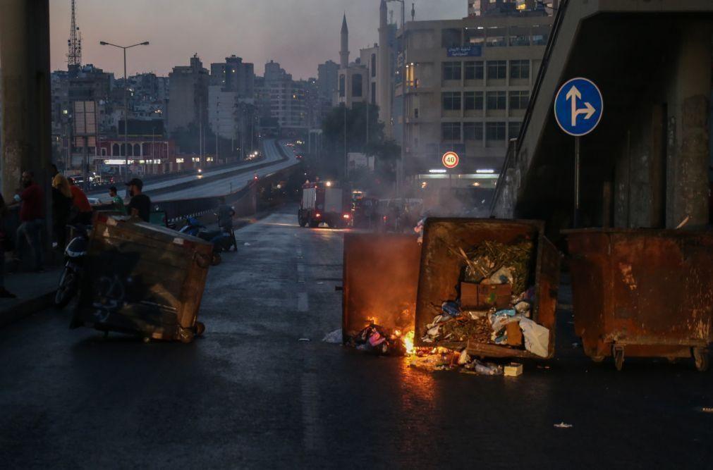 Quase 20 pessoas feridas em manifestações no Líbano face à crise económica