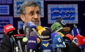 Antigo presidente iraniano Ahmadinejad apoia grevistas do setor energético
