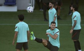 Euro2020: Dalot e Palhinha titulares pela primeira vez por Portugal