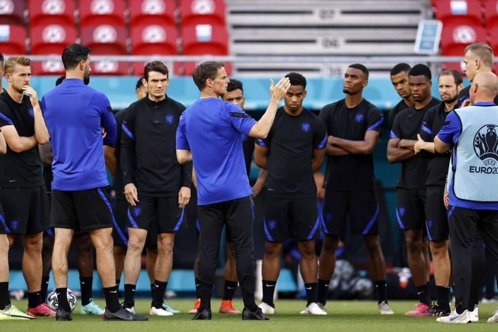 Euro2020: Frank de Boer deixa cargo de selecionador dos Países Baixos