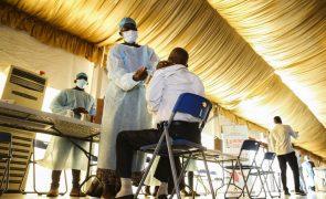Covid-19: Angola sem vacinas nesta altura para administração da primeira dose