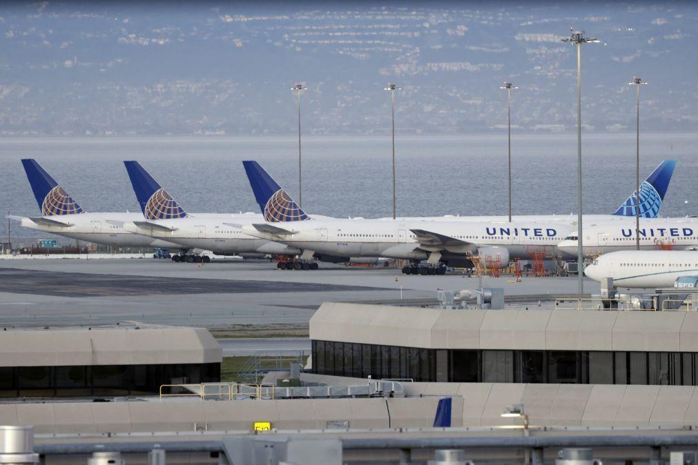 United Airlines anuncia encomenda de 270 aviões Boeing e Airbus