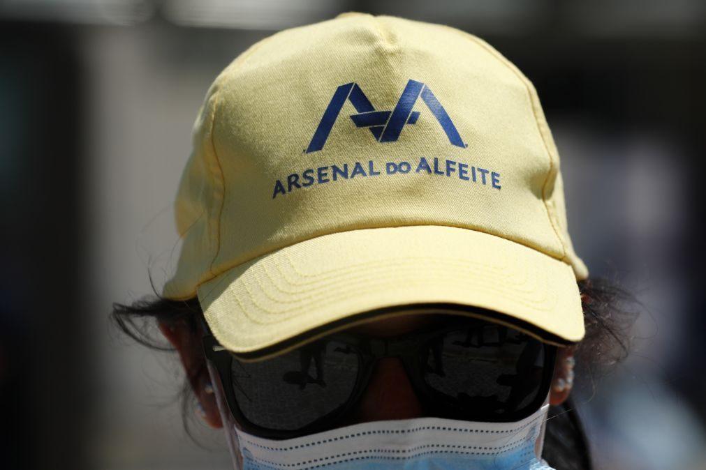 Trabalhadores do Alfeite em protesto contra
