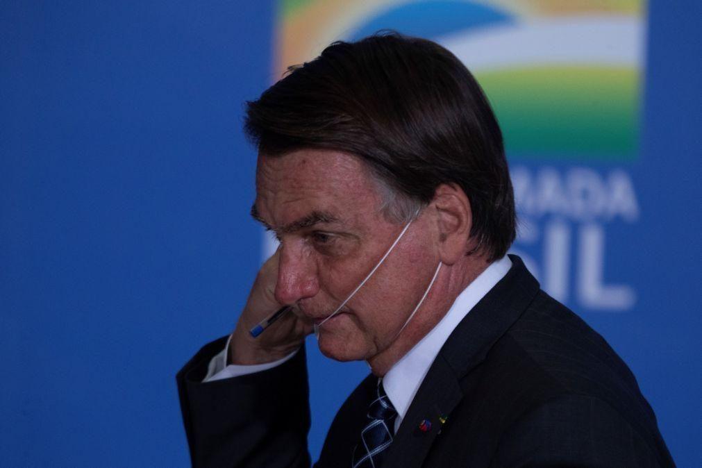 Bolsonaro proíbe queimadas para práticas agropastoris no Brasil por 120 dias
