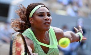 Wimbledon: Serena Williams desiste devido a lesão